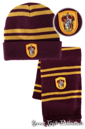 0667f0e4ced HARRY POTTER Gryffindor House  LICENSED  HAT    REAL  WOOL SCARF w ...